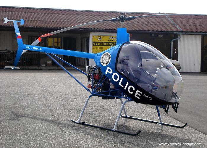 vrtulnik_police_hangar.jpg
